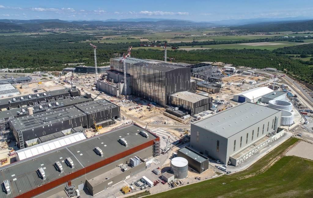 Reattore ITER a Cadarache