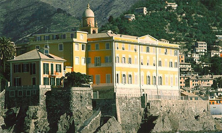 Collegio emiliano Genova